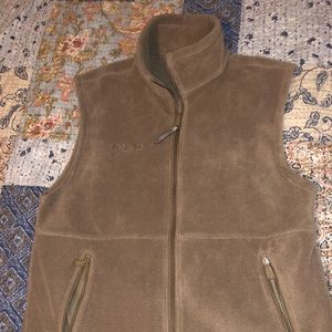 brown fleece Columbia vest